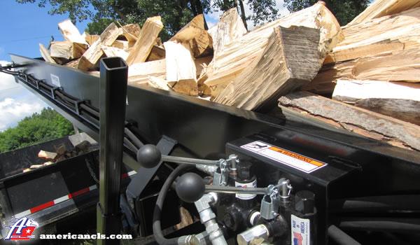 Firewood Conveyor With Wood